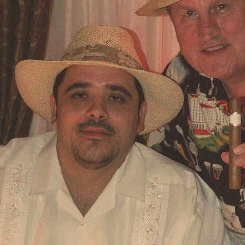 Jorge Doctsch Cigar Roller